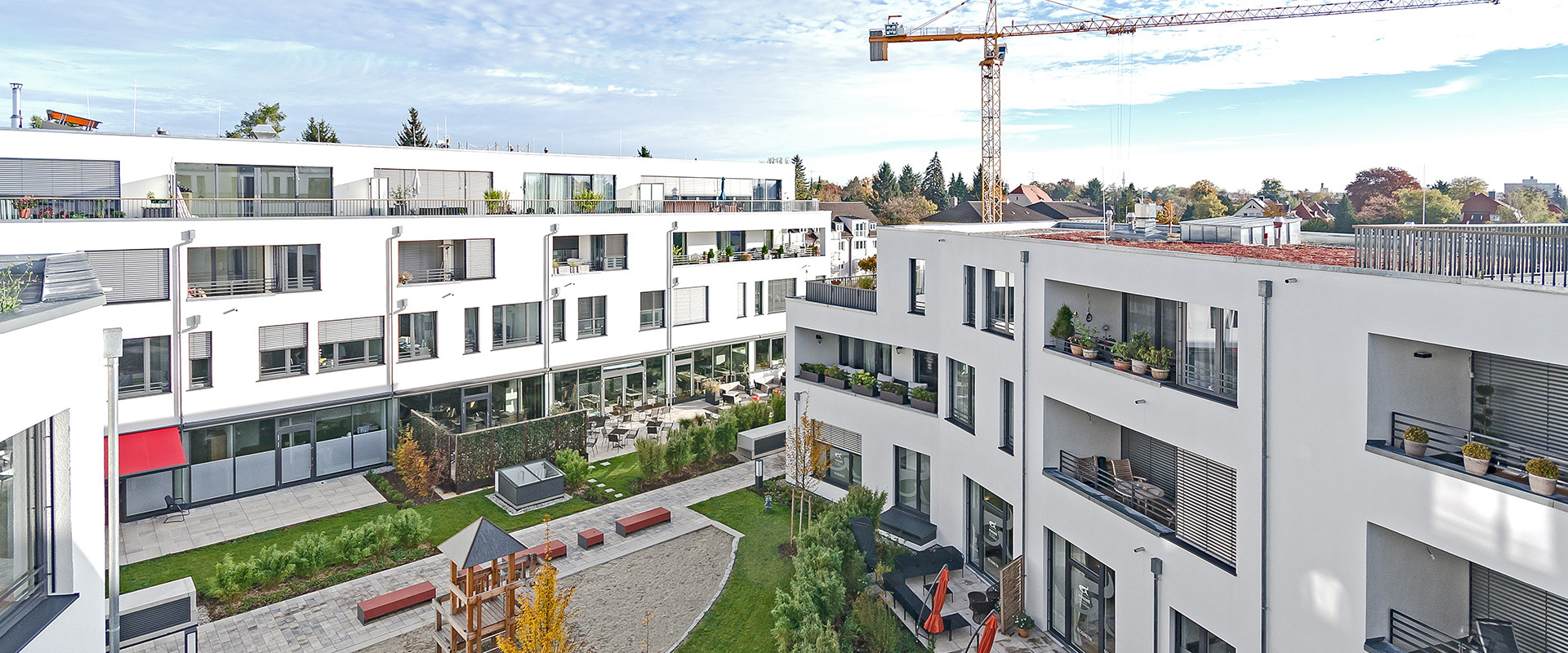 Ambiance Pasing. Condominium and commercial area in Munich Pasing